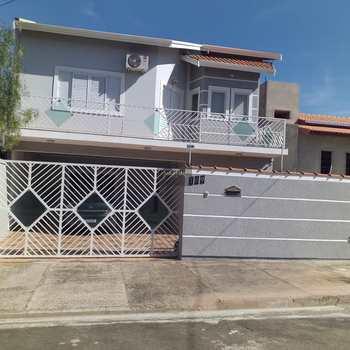 Casa em São Pedro, bairro Jardim Itália