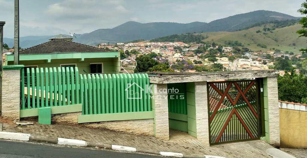 Casa em Bom Jesus dos Perdões, no bairro Jardim Real