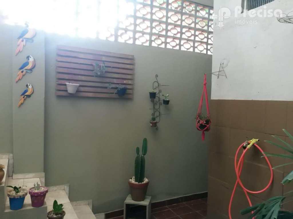 Casa em Lorena, no bairro Vila Nunes