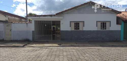 Casa, código 61018351 em Lorena, bairro Vila São Roque