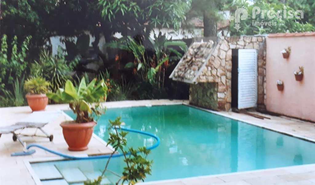 Casa em Lorena, bairro Cruz
