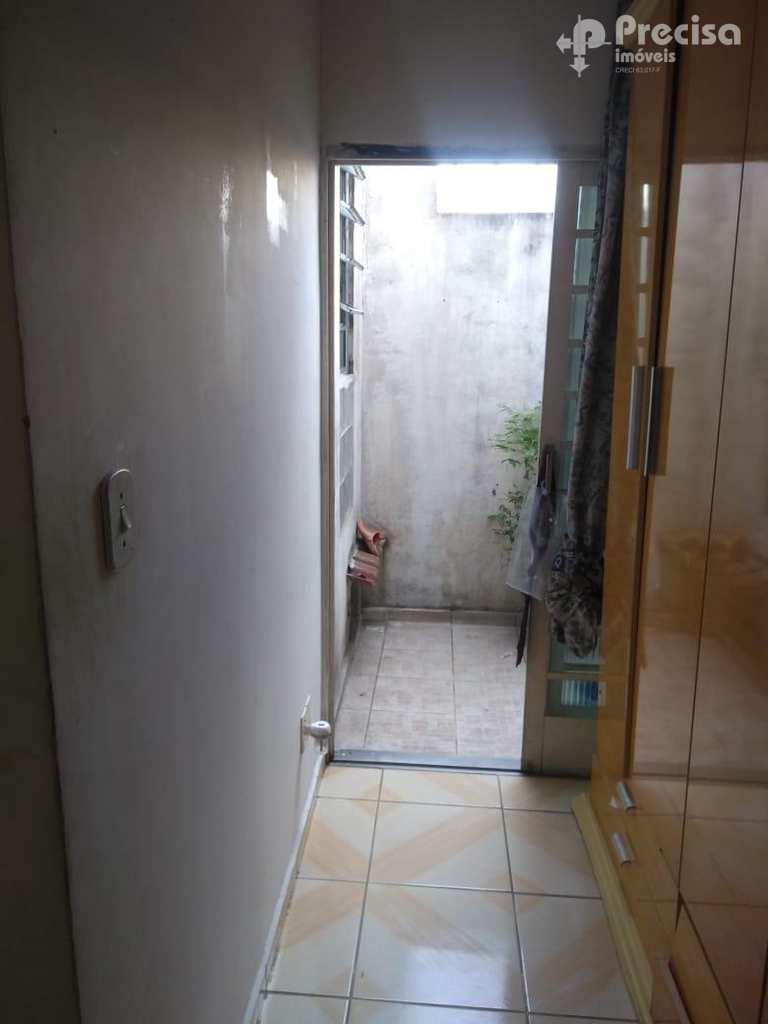 Sobrado em Lorena, no bairro Vila Hepacare