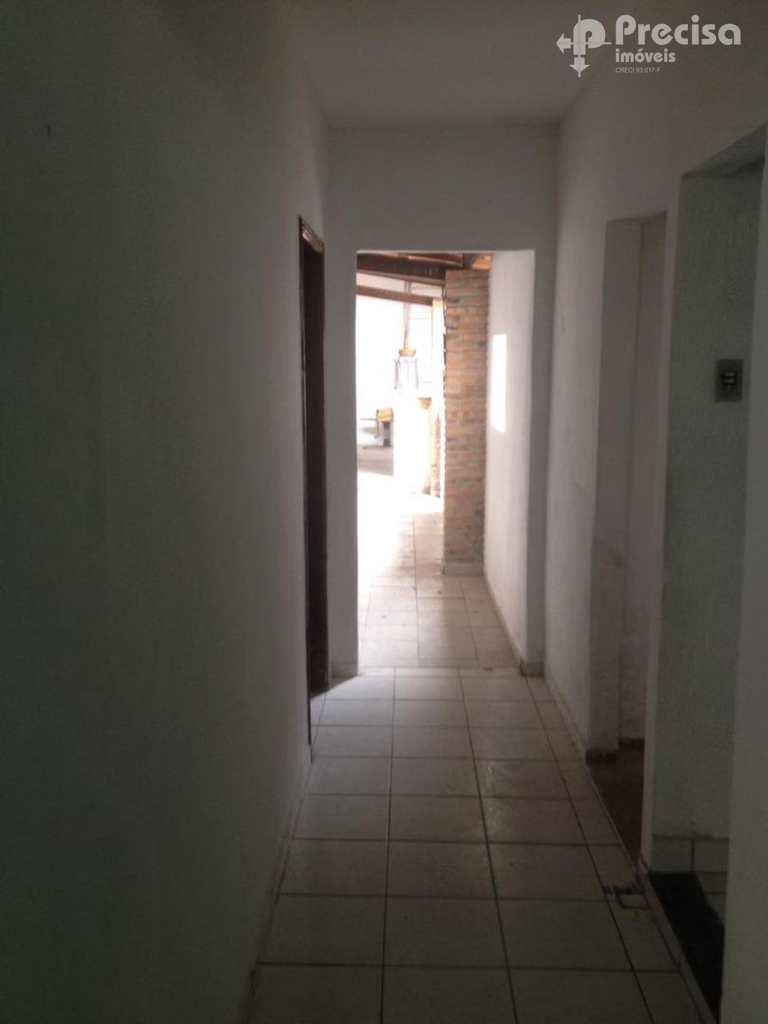 Casa em Lorena, no bairro Cabelinha