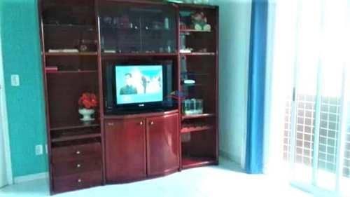 Apartamento, código 142 em Praia Grande, bairro Guilhermina