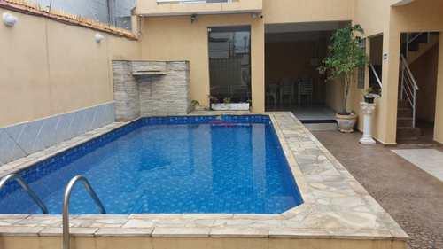 Casa, código 3445 em Praia Grande, bairro Vila Guilhermina