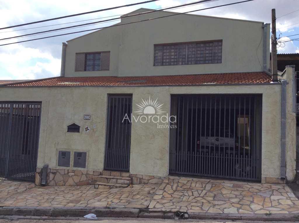 Casa em Campinas, no bairro Jardim Leonor