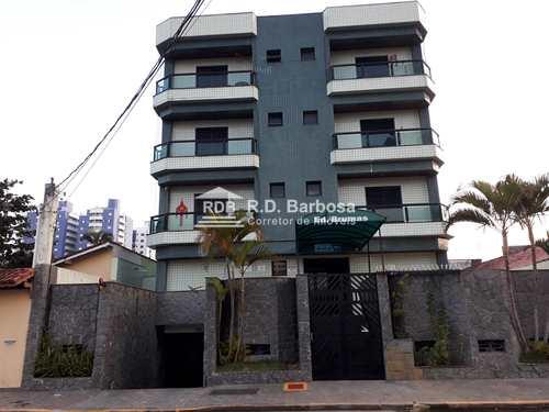 Apartamento, código 123 em Praia Grande, bairro Caiçara
