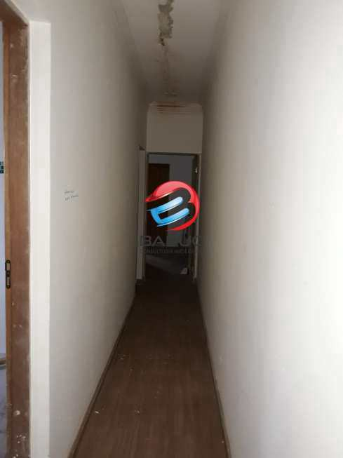 Casa em Osasco, no bairro Mutinga