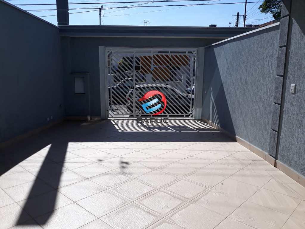 Sobrado em São Paulo, no bairro Vila Piauí