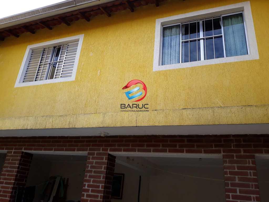 Casa em Osasco, no bairro Ayrosa