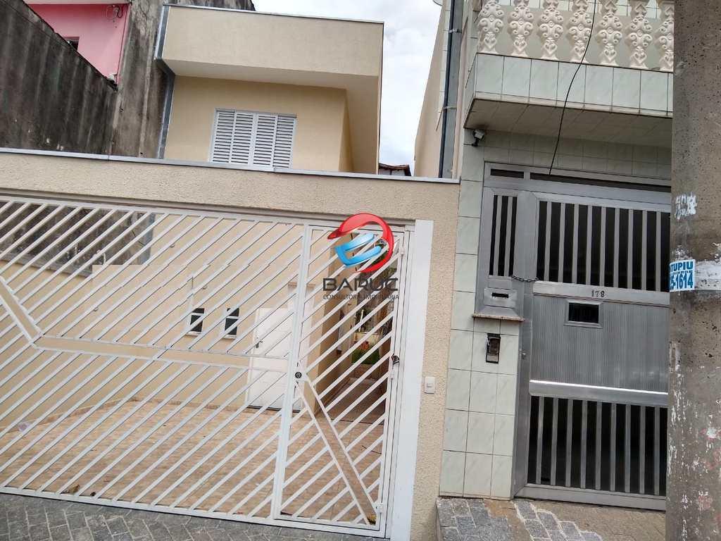 Sobrado em Osasco, no bairro Ayrosa