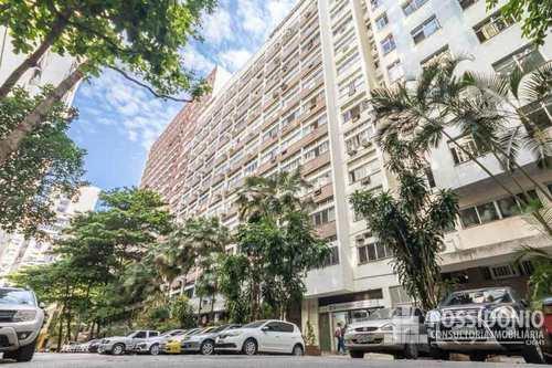 Apartamento, código 8 em Rio de Janeiro, bairro Leme