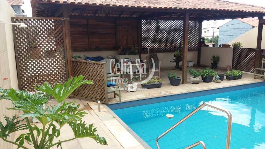 Casa em Serra, no bairro Estância Monazítica