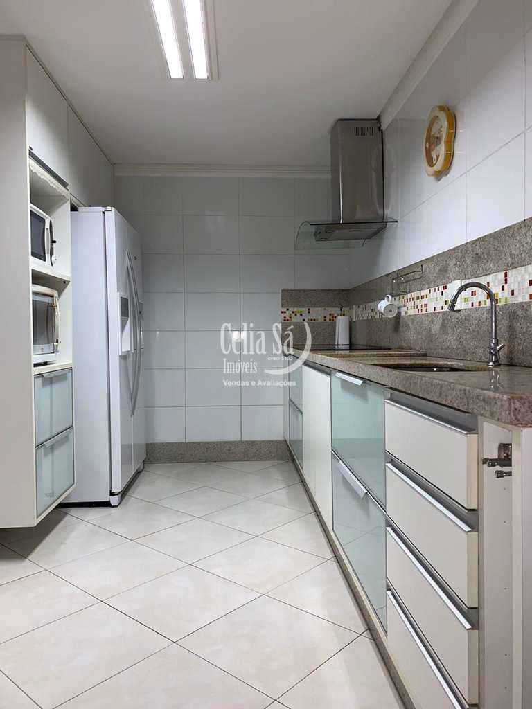 Apartamento em Serra, no bairro de Fátima