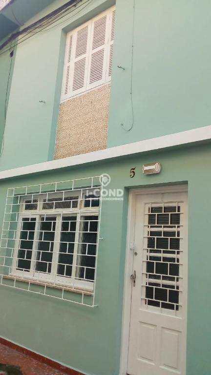 Casa em Santos, no bairro Macuco