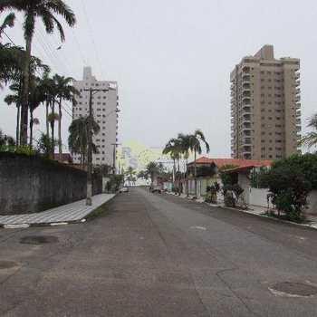 Terreno em Praia Grande, bairro Flórida