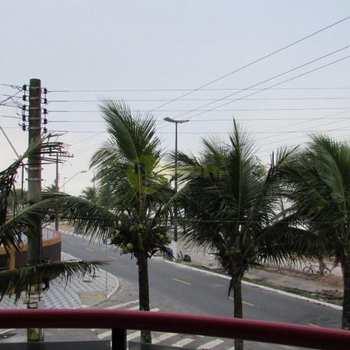 Apartamento em Praia Grande, bairro Jd Imperador