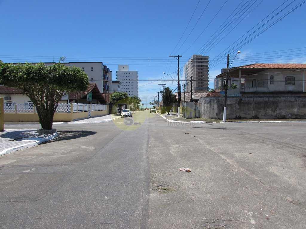 Sobrado em Praia Grande, no bairro Jd Real