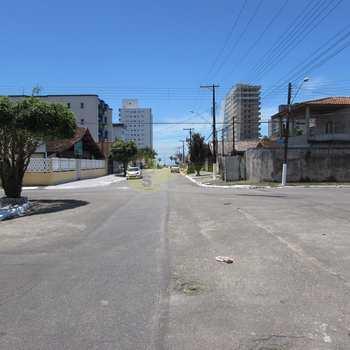 Sobrado em Praia Grande, bairro Jd Real