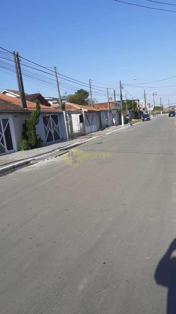 Casa em Praia Grande, no bairro Princesa