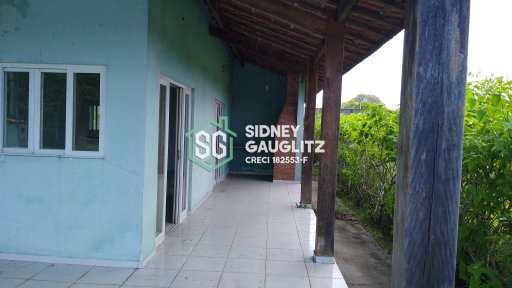 Casa em Cananéia, no bairro Carijó