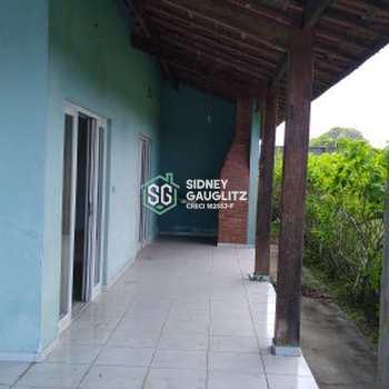 Casa em Cananéia, bairro Carijó