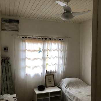 Casa em Ilhabela, bairro Cocaia