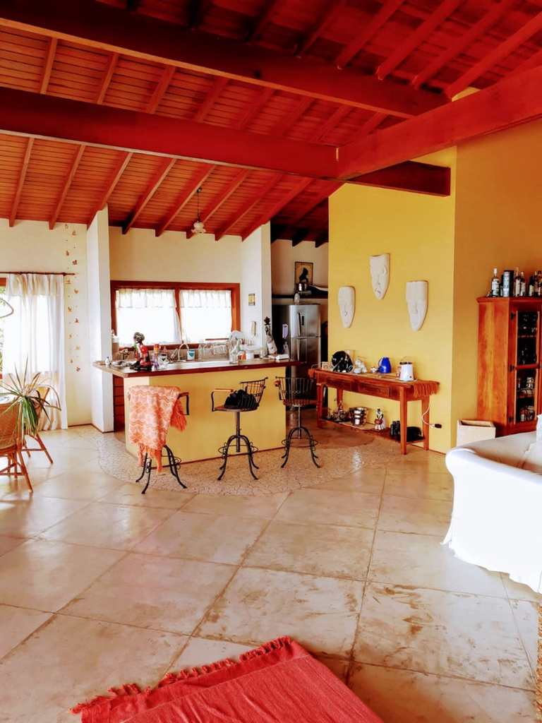 Casa em Ilhabela, no bairro Itaquanduba