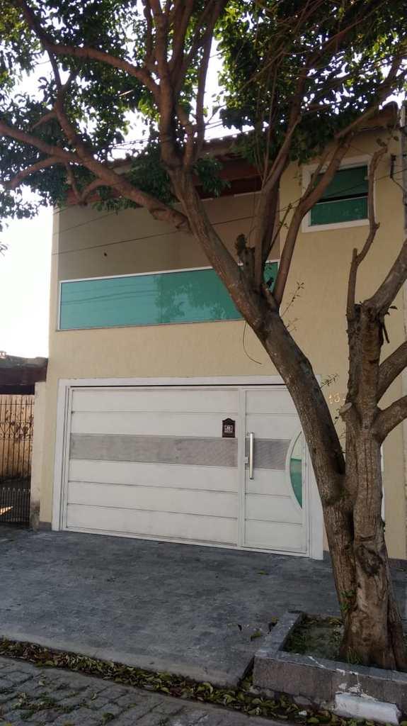 Casa em Suzano, no bairro Vila Maria de Maggi