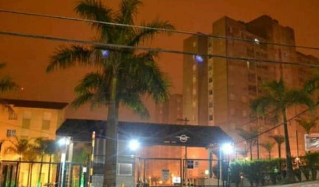 Apartamento em Ferraz de Vasconcelos, bairro Jardim São Miguel