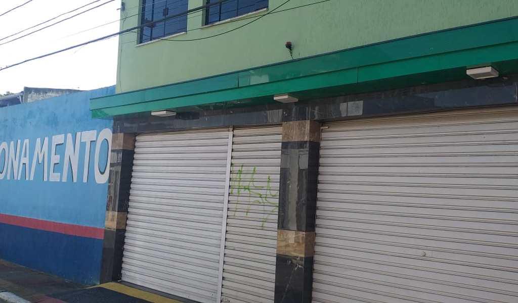 Prédio Comercial em Suzano, bairro Centro