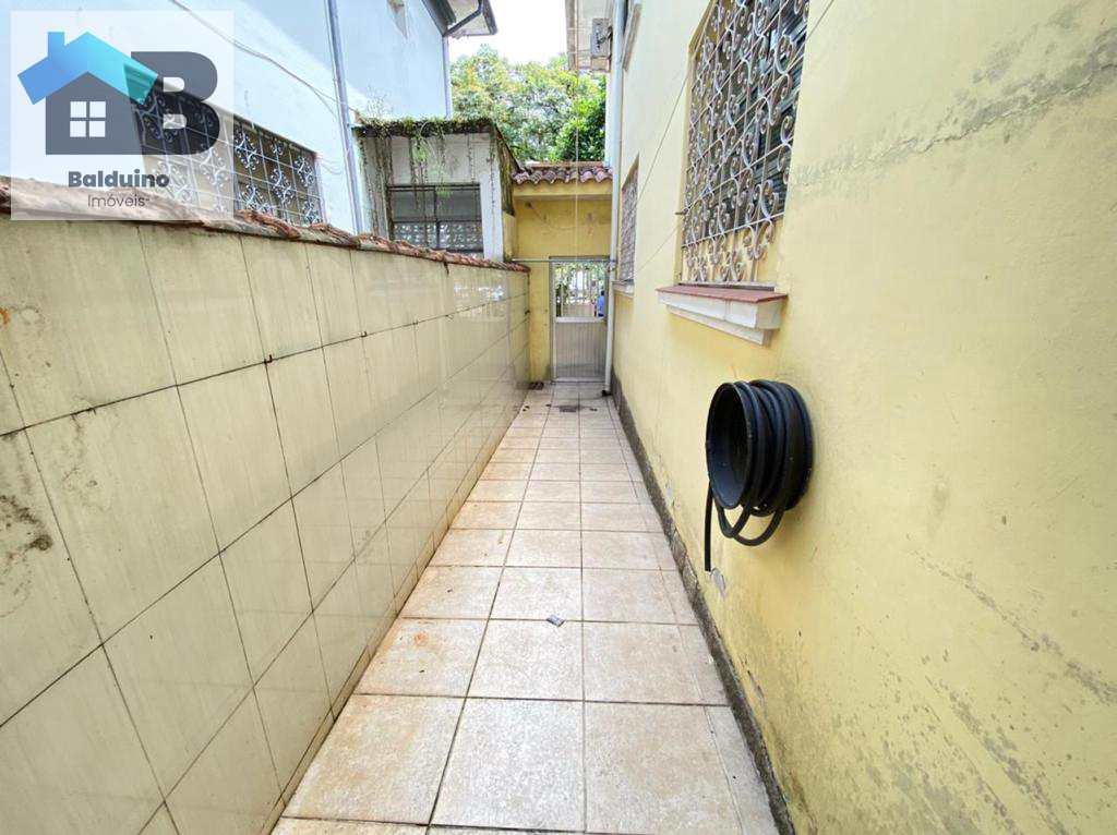 Casa Comercial em Santos, no bairro Vila Mathias