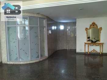 Apartamento, código 114 em Santos, bairro Macuco