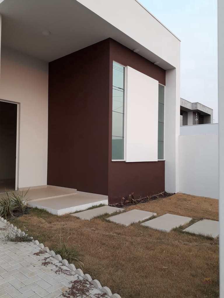 Casa em Primavera do Leste, no bairro Parque das Águas