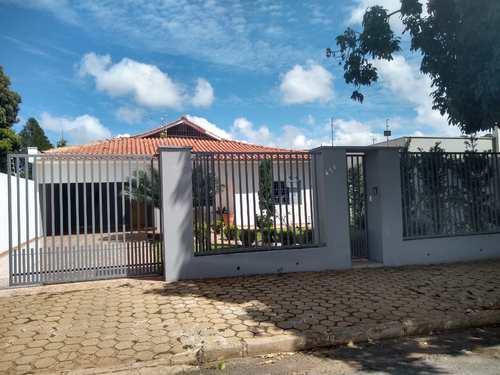 Casa, código 10 em Primavera do Leste, bairro Castelândia