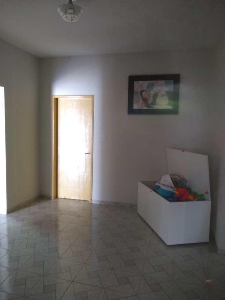 Casa em Primavera do Leste, no bairro Castelândia