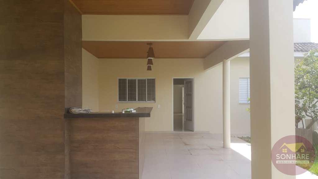 Casa em Primavera do Leste, no bairro Poncho Verde