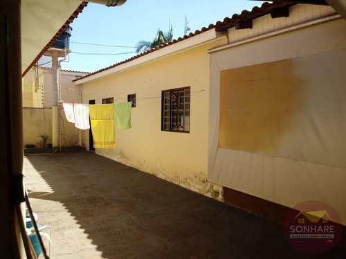 Casa, código 165 em Primavera do Leste, bairro Centro