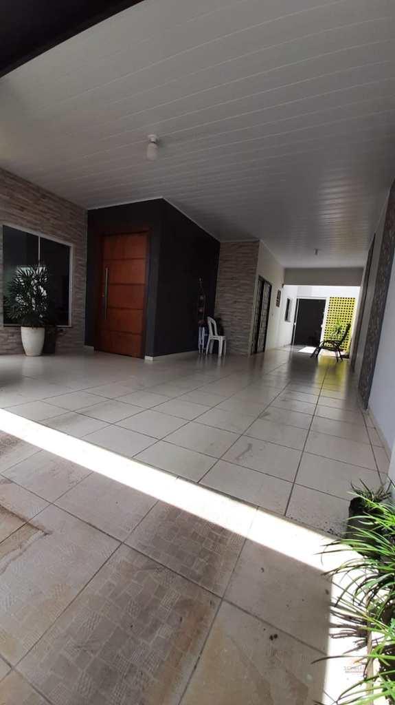 Casa em Primavera do Leste, no bairro Poncho Verde LL