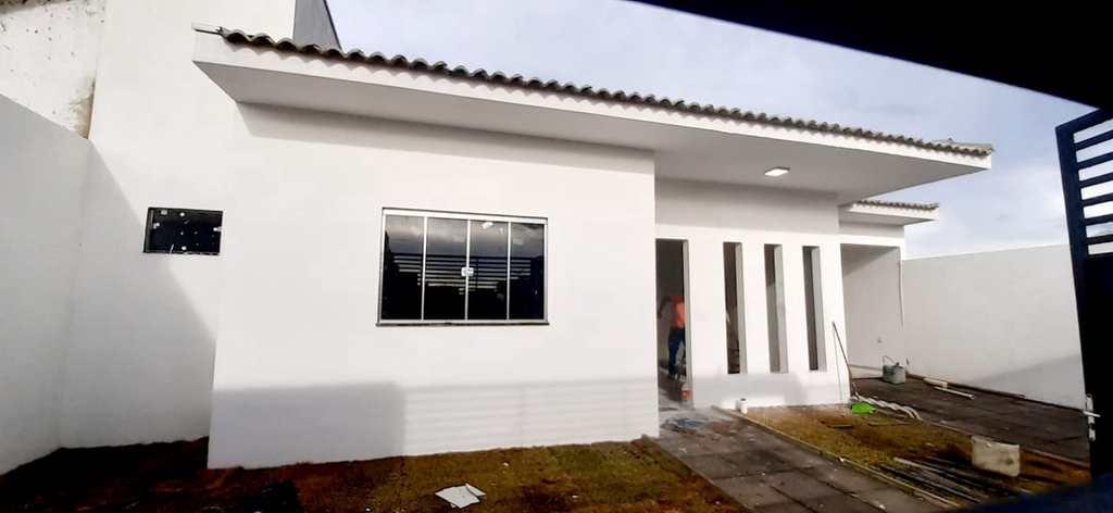 Casa em Primavera do Leste, no bairro Vertentes das Águas