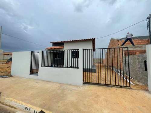 Casa, código 337 em Primavera do Leste, bairro Poncho Verde