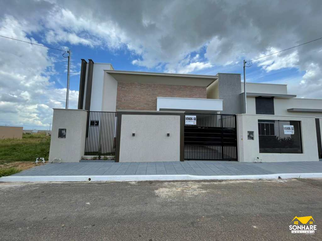 Casa em Primavera do Leste, no bairro Buritis IV