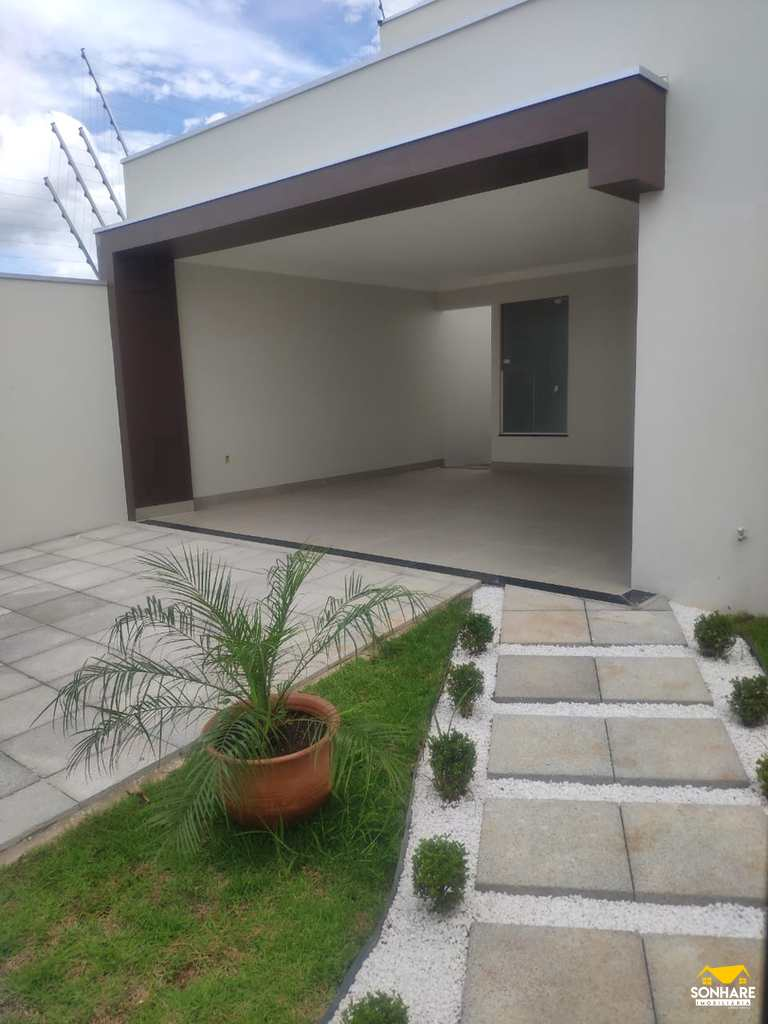Casa em Primavera do Leste, no bairro Buritis II