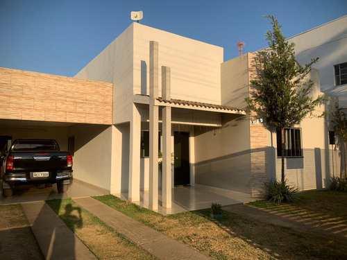 Casa, código 445 em Primavera do Leste, bairro Castelândia