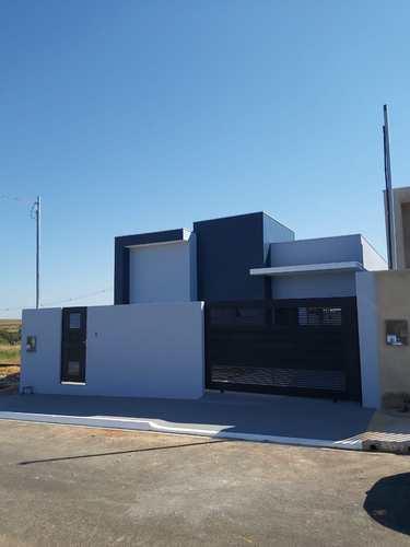 Casa, código 460 em Primavera do Leste, bairro Buritis V