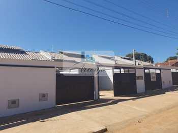 Casa, código 332 em Palmas, bairro Jardim Aureny III