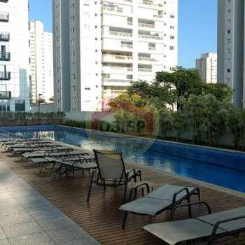 Apartamento em São Paulo, bairro Santo Amaro