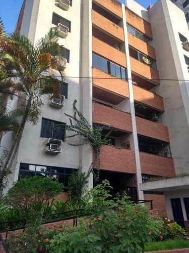 Apartamento, código 64140172 em Santos, bairro Ponta da Praia