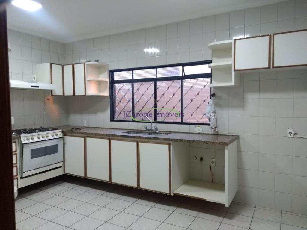 Casa em Catanduva, no bairro Higienópolis
