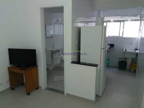 Apartamento, código 63601747 em Santos, bairro Ponta da Praia